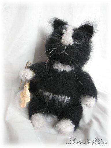 elina toys,авторская вязаная игрушка,вязаный черный кот,купить черного кота котика котенка,вязаные игрушки,эксклюзивная вязаная игрушка,handmade toys by ludmila elina,антистрессовая игрушка,продажа вязаных игрушек