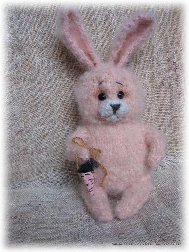elina toys,авторская вязаная игрушка,вязаный зайчик заяц,купить зайчика зайца зайку,вязаные игрушки,эксклюзивная вязаная игрушка,handmade toys by ludmila elina,антистрессовая игрушка,продажа вязаной игрушки