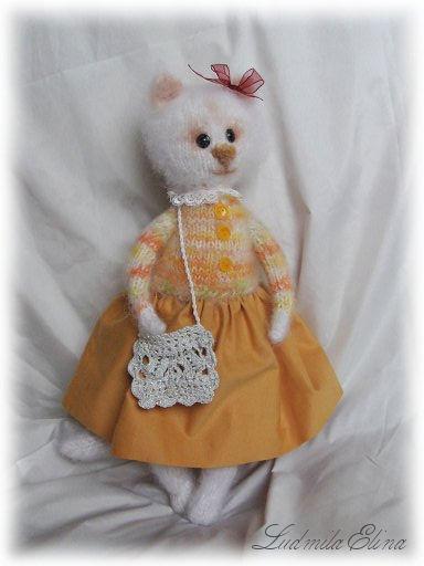elina toys,вязаная кошечка,купить белую кошечку,вязаные игрушки,интерьерная вязаная игрушка,handmade toys by ludmila elina,антистрессовая игрушка,продажа вязаной игрушки