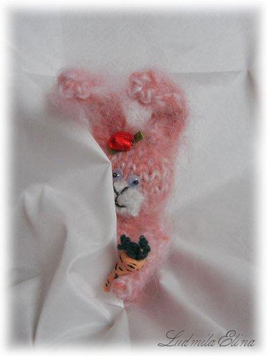 вязаная игрушка зая амигуруми