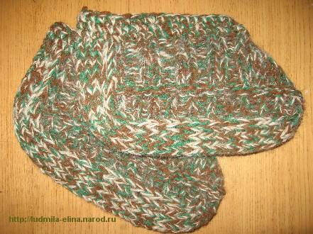 Вязанные перчатки, пошаговое описание вязания шарфа-хомута.